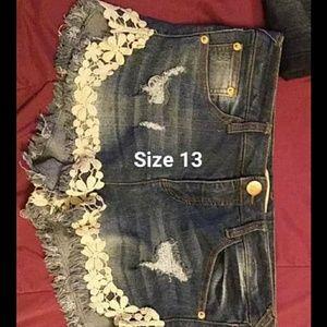 Pants - Cute Jean shorts